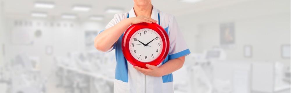 Nurse-with-clock